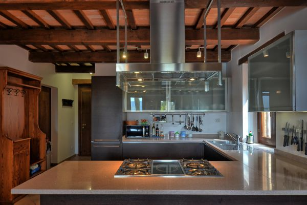 kitchen-room-6-villa-mille-querceF7AA852B-E9D4-A3CE-E91A-94F77DDFD9F2.jpg